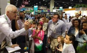 magician Danny Orleans Entertaining at Orange County Convention Center